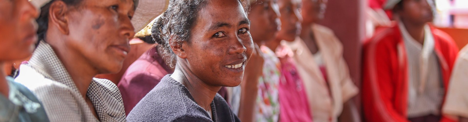 Toward gender equality in social protection. Evidence gaps and priority research questions
